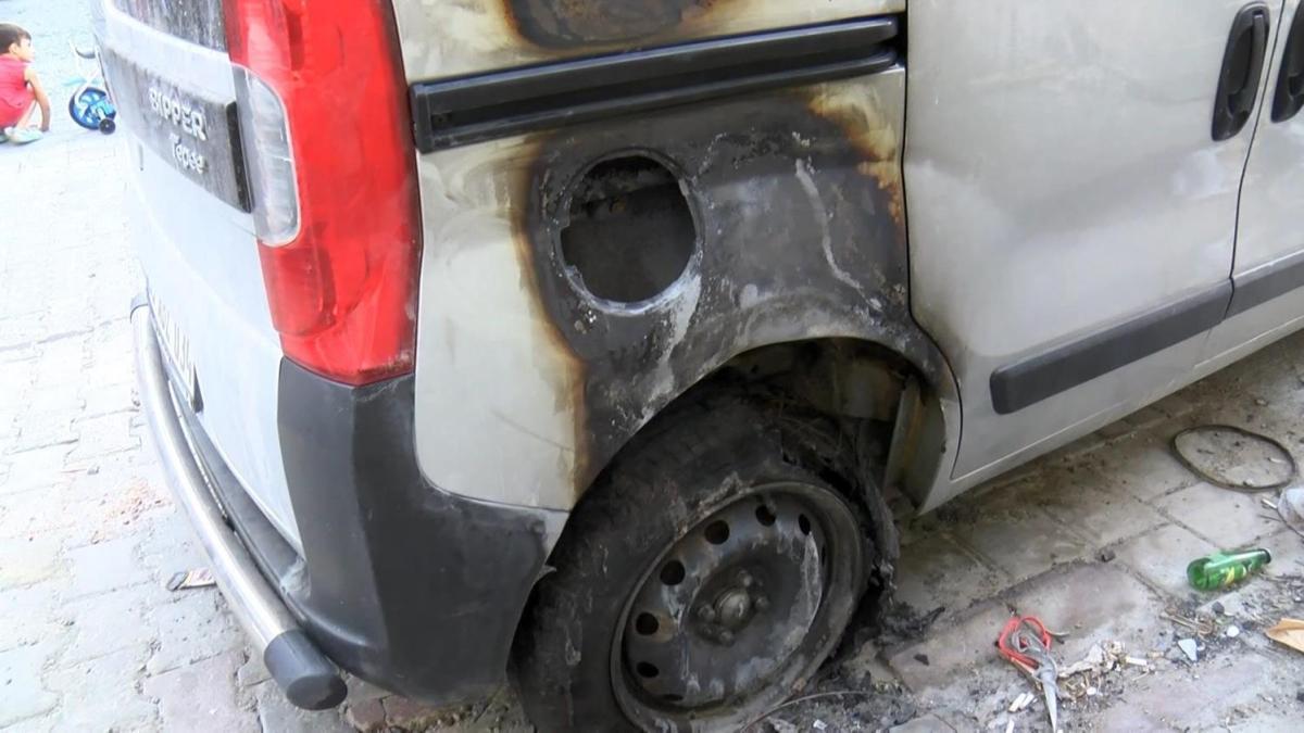 Sevdiği kızı başkasıyla evlendirmek isteyince arabasını ateşe verdi