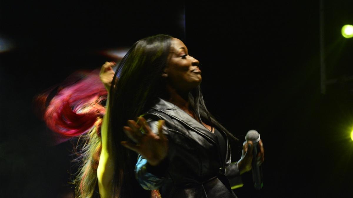 Uluslararası Bursa Festivali'nde Della Miles sahne aldı