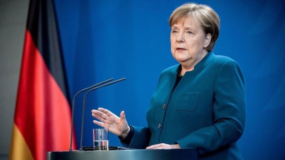 """Almanya Başbakanı Merkel: """"Yerel personel ve ailelerine 31 Ağustos'tan sonra da yardım edilecek"""""""