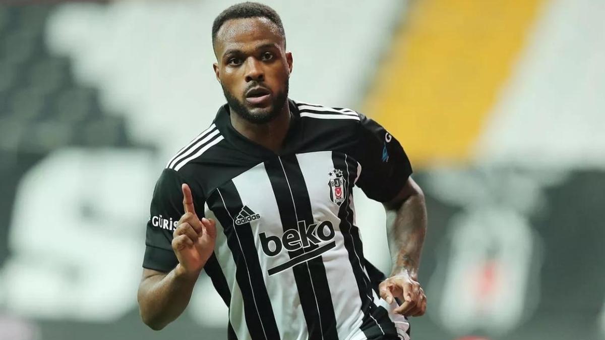 Beşiktaş'ta Cyle Larin maaşında zam yapılmasını istiyor