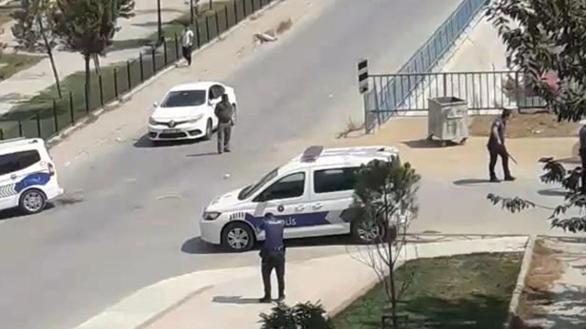 İstanbul'da silahlı kavga: Çok sayıda yaralı ve gözaltı var