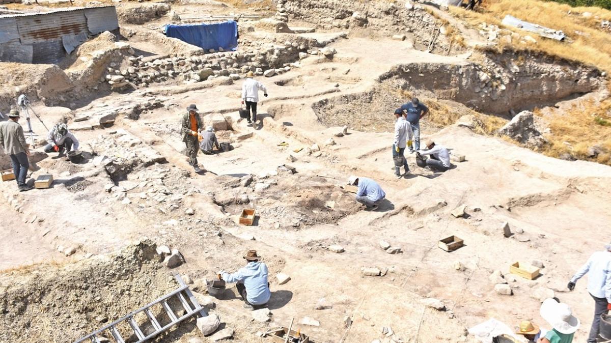 5500 yıllık evler bulundu! Arslantepe'den tarih fışkırdı