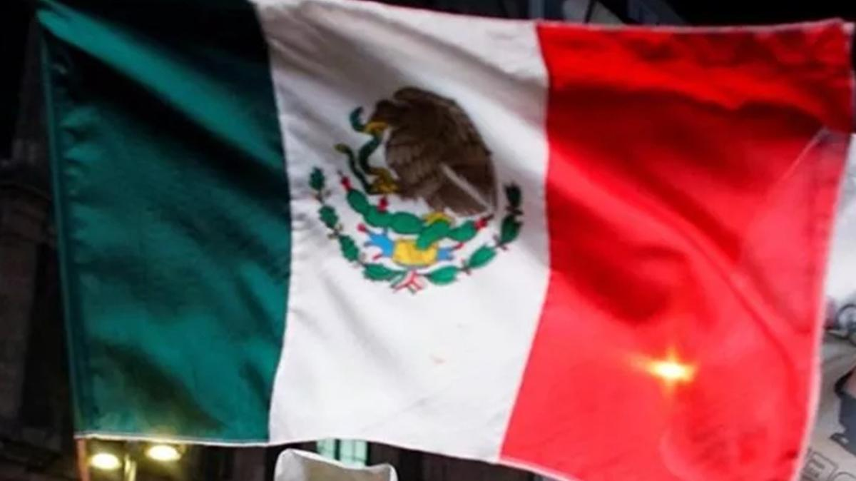 Afganistan'dan kaçan 124 gazeteci Meksika'ya sığındı