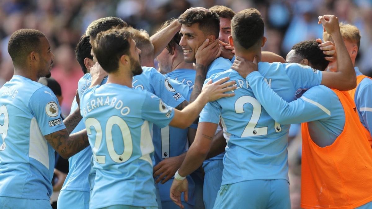 Manchester City konuk ettiği Arsenal'i gole boğdu: 5-0
