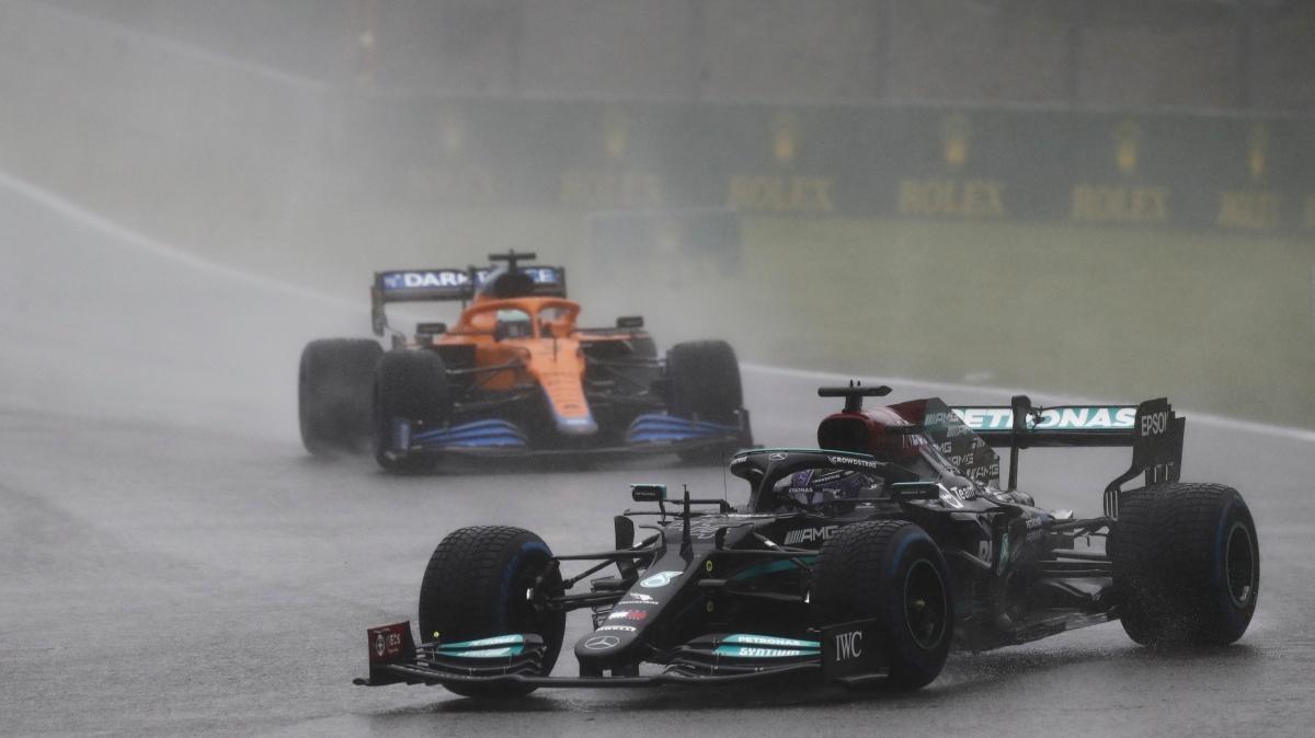 Formula 1'e yağmur engeli