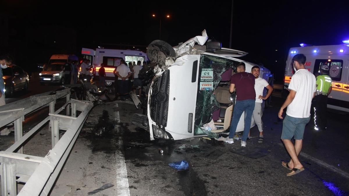Kocaeli'de işçi servisi kazası: 7 yaralı