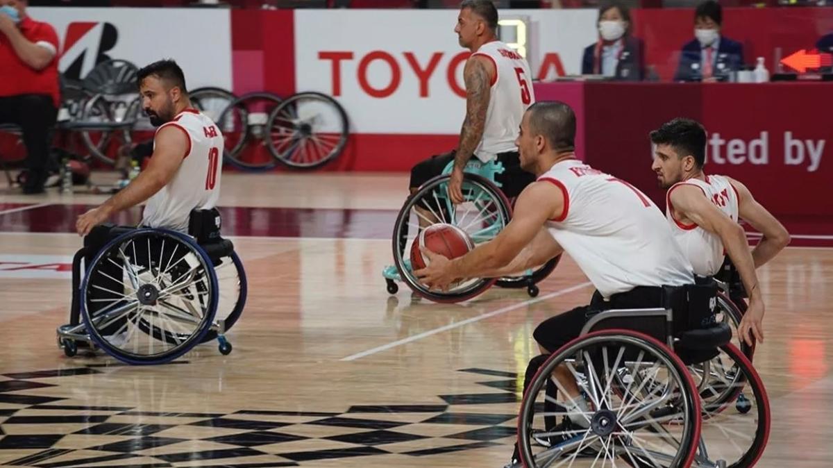 Tekerlekli Sandalye Basketbol Milli Takımı çeyrek finalde
