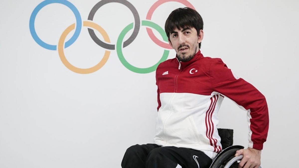 """Abdullah Öztürk 2020 Tokyo Paralimpik Oyunları'nda altın madalya kazandı! Abdullah Öztürk kimdir, kaç yaşında"""""""
