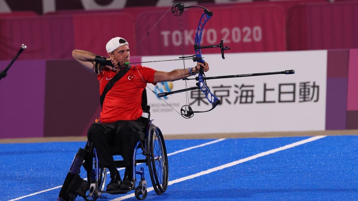 Nihat Türkmenoğlu, gümüş madalya kazandı