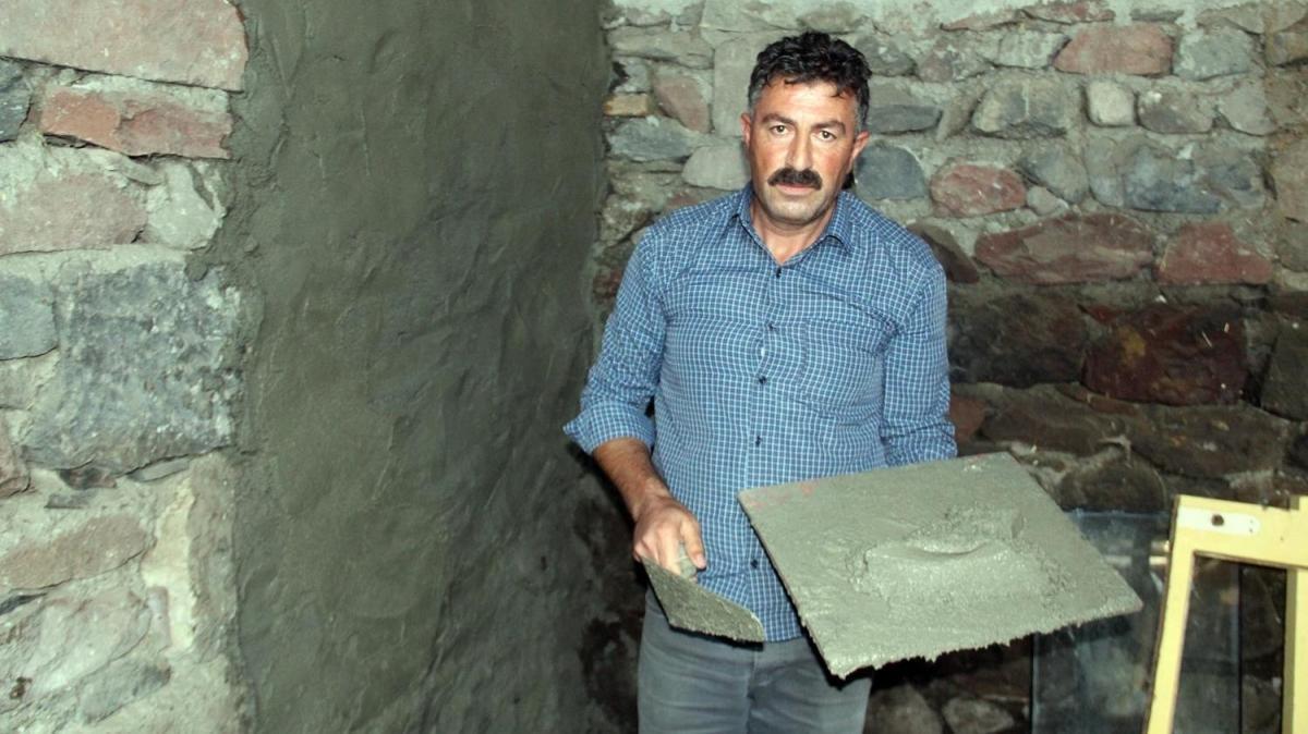 """Ardahan'da inşaat işçisi """"bankadan arıyorum"""" diyen dolandırıcının kurbanı oldu"""