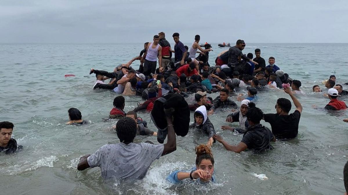 İspanya'nın Kanarya Adalarına geçeceklerdi... Fastan yola çıkan botta 20 düzensiz göçmen hayatını kaybetti