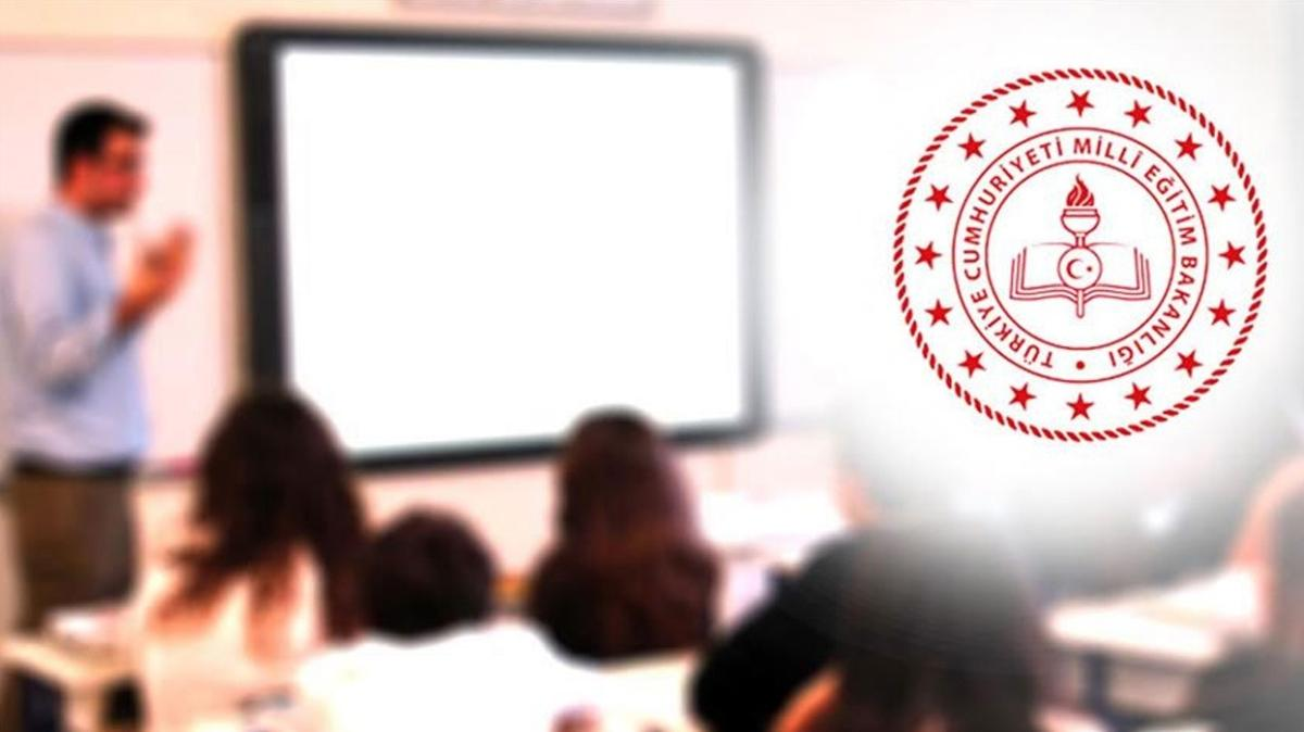 Öğretmenlere, 2 Eylül'den itibaren öğretim yılına hazırlık ödemesi yapılacak