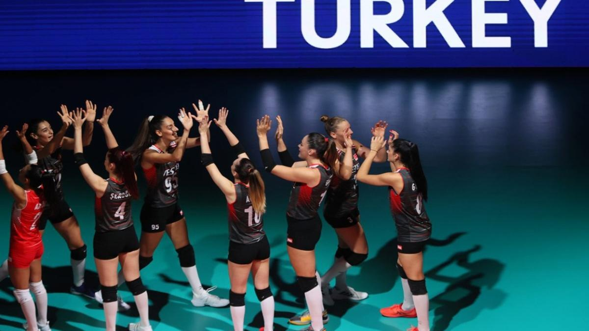 Türkiye Polonya voleybol maçı canlı izle! TRT 1 Türkiye Polonya voleybol maçı canlı yayın izle!