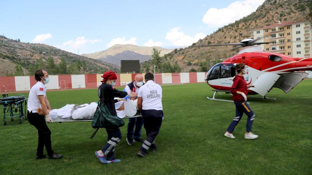 Gümüşhane'den Erzurum'a, oradan İstanbul'a... Ambulans helikopter entübe hasta için havalandı
