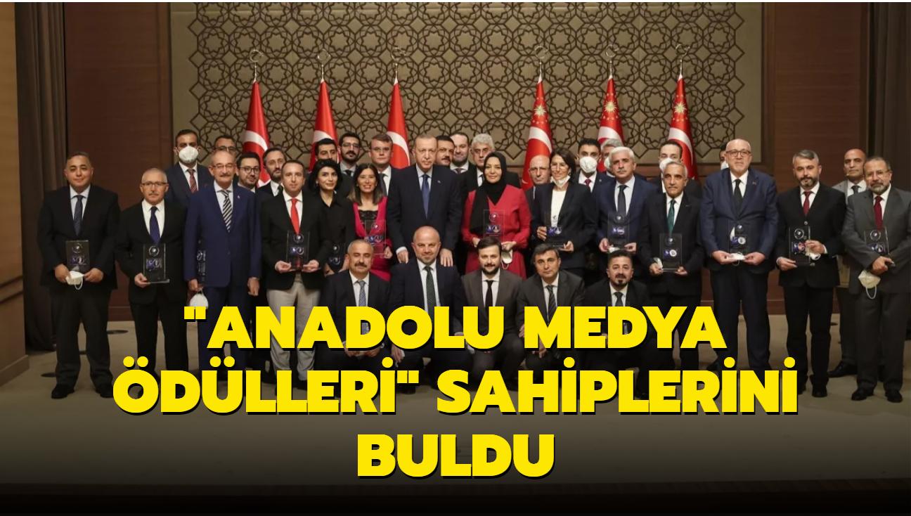 """""""Anadolu Medya Ödülleri"""" sahiplerini buldu"""