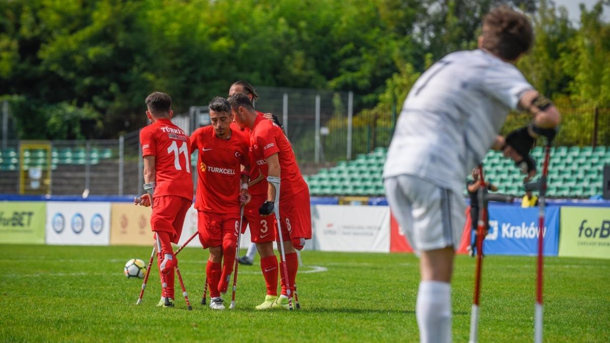 Çeyrek finaldeyiz! Ampute Milli Futbol Takımımız, İtalya'ya gol olup yağdı
