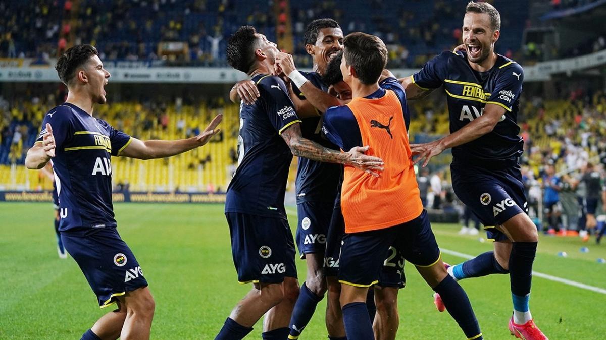 Çek basını transferi duyurdu! Fenerbahçe'den ayrılıyor...