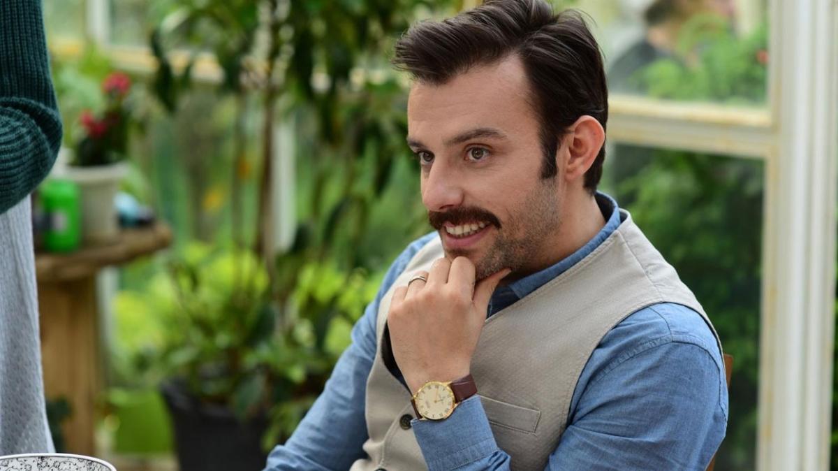 """Salih Bademci kaç yaşında, nereli, evli mi"""" Yalancı dizisi Mehmet kimdir"""""""