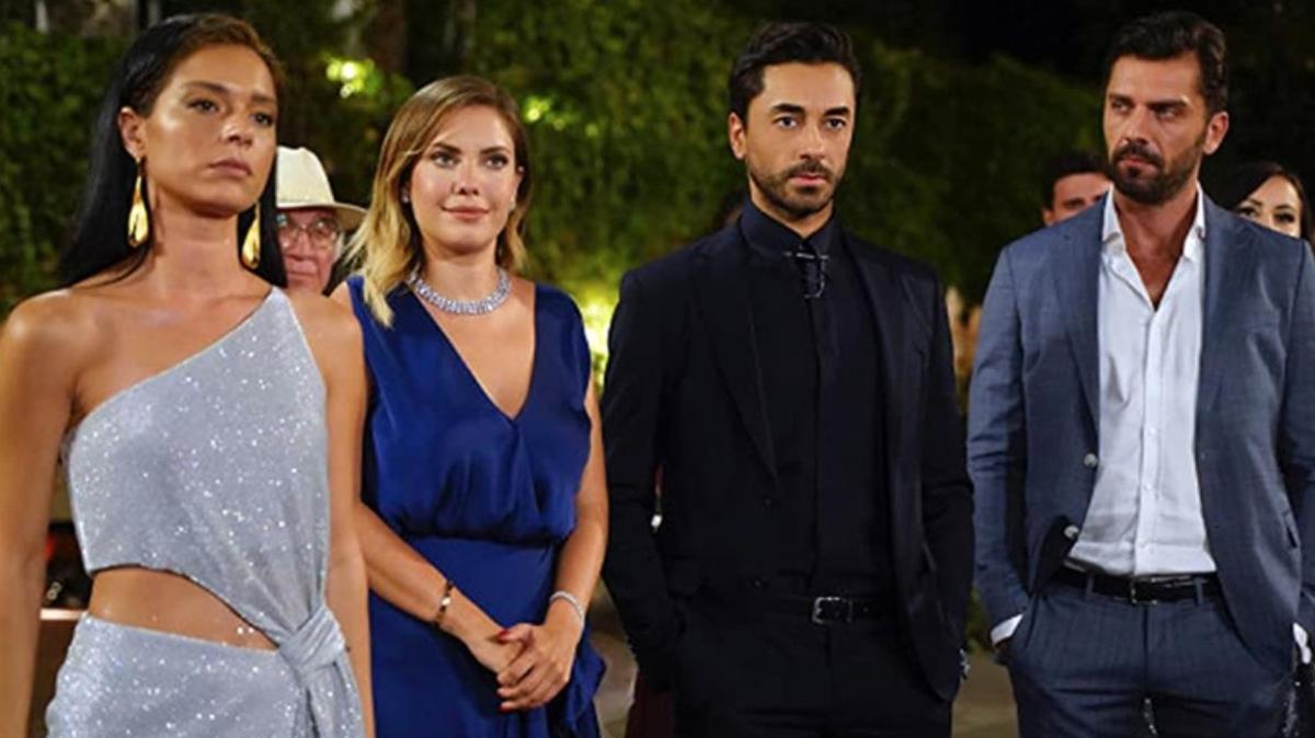Şafak Pakdemir evli yönetmenle yakalandı