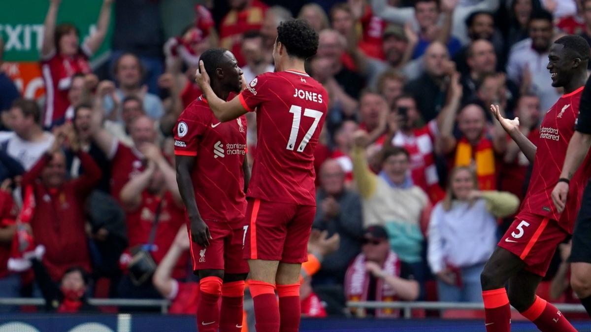 Liverpool, Crystal Palace'ı 3 golle geçti