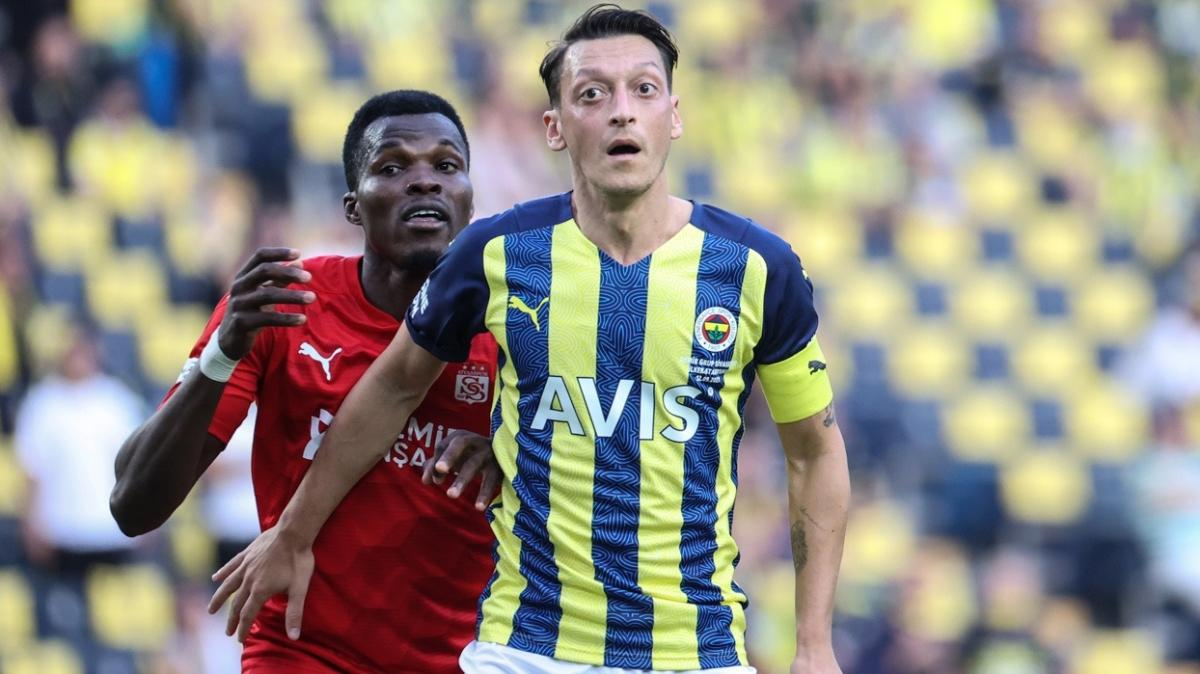 Mesut Özil: 'Artık onun arkasındayım'