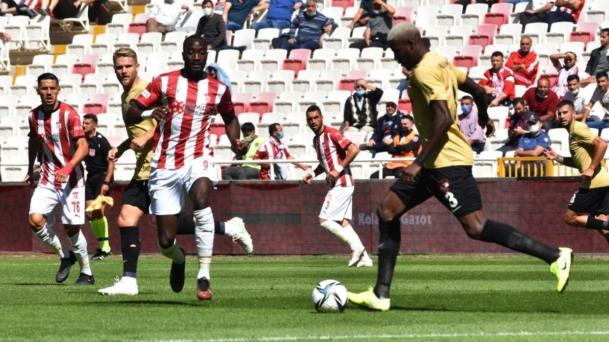 Sivasspor'un galibiyet hasreti Gaziantep maçında da devam etti