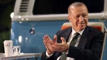 Başkan Erdoğan paylaştı: Geceye bir kaç gençlik fotoğrafı...