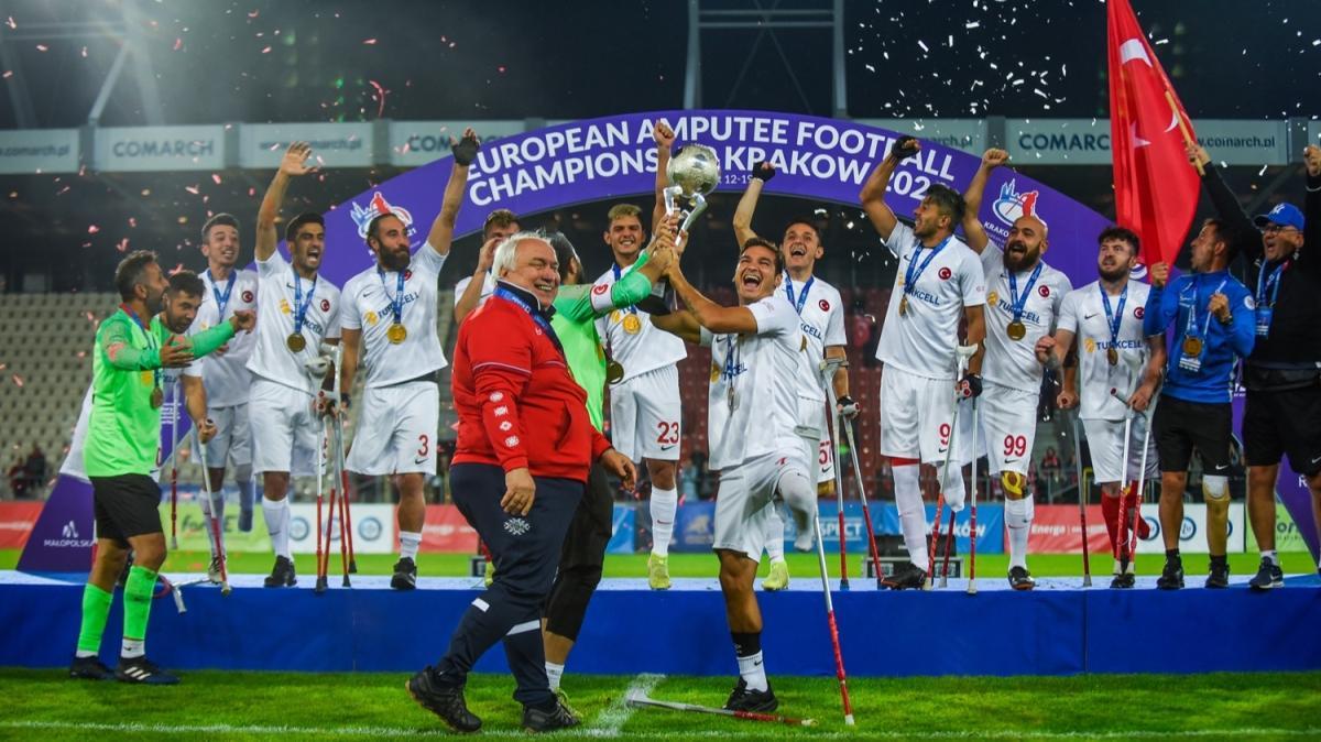 Son dakika haberi: Ampute Futbol Takımı, Avrupa Şampiyonası'nda şampiyon oldu