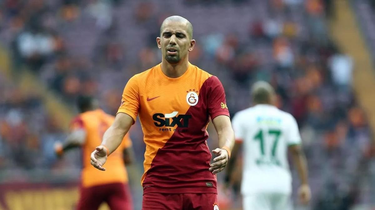 Feghouli Alanyaspor maçı performansıyla tepki çekti