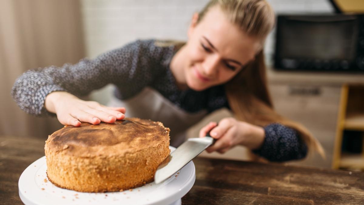 """Pişmeyen pasta tarifi! Pişmeyen pasta nasıl yapılır"""""""