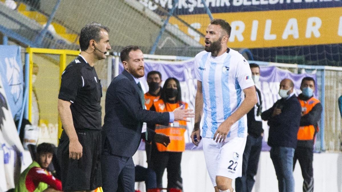 Hakeme hakaretler eden Mustafa Yumlu'ya 4 maç ceza