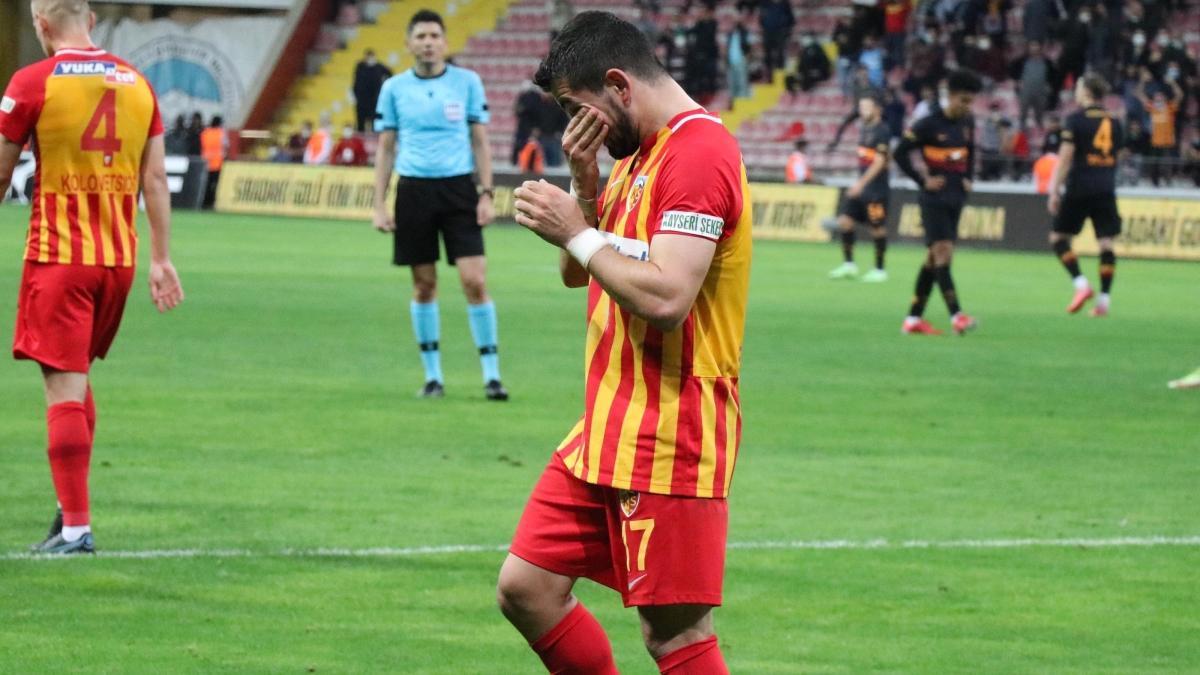 Galatasaray'a gol attığı için ağlayan Emrah Başsan'dan açıklama