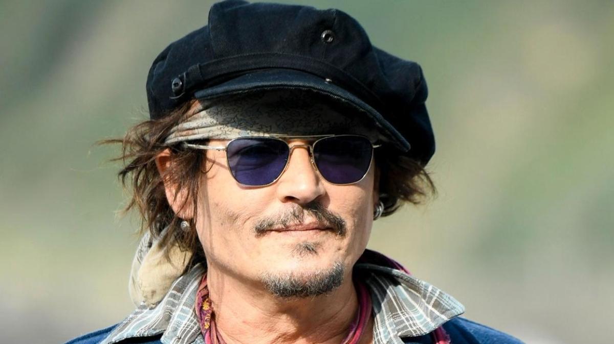 Johnny Depp İspanya'da... Donostia Ödülü'nü aldı