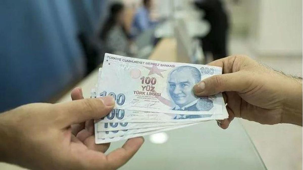 """Emekli maaşına intibak düzenlemesi yapılacak mı"""" SGK ve Bağkur emekli maaşına 355 TL intibak zammı olacak mı"""""""