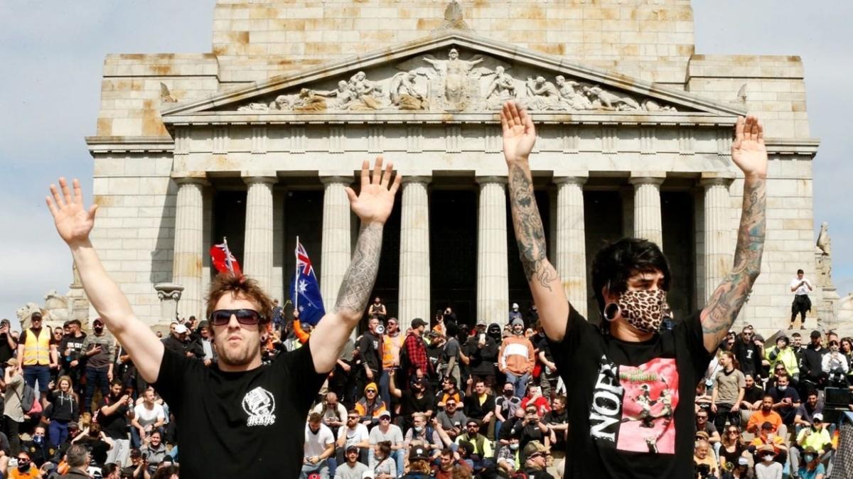 """Koronavirüs aşısı karşıtları Anzak Anıtı'nda gösteri yapmıştı... Morrison: """"Saygısız ve utanç verici"""""""