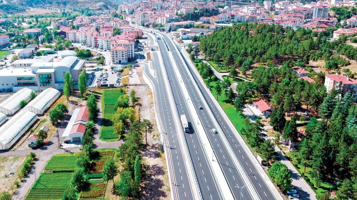 Ankara'da yoğun trafiği rahatlatacak yeni kavşak