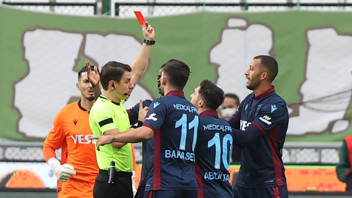 Trabzonspor'da Vitor Hugo tedbirli olarak PFDK'ya sevk edildi