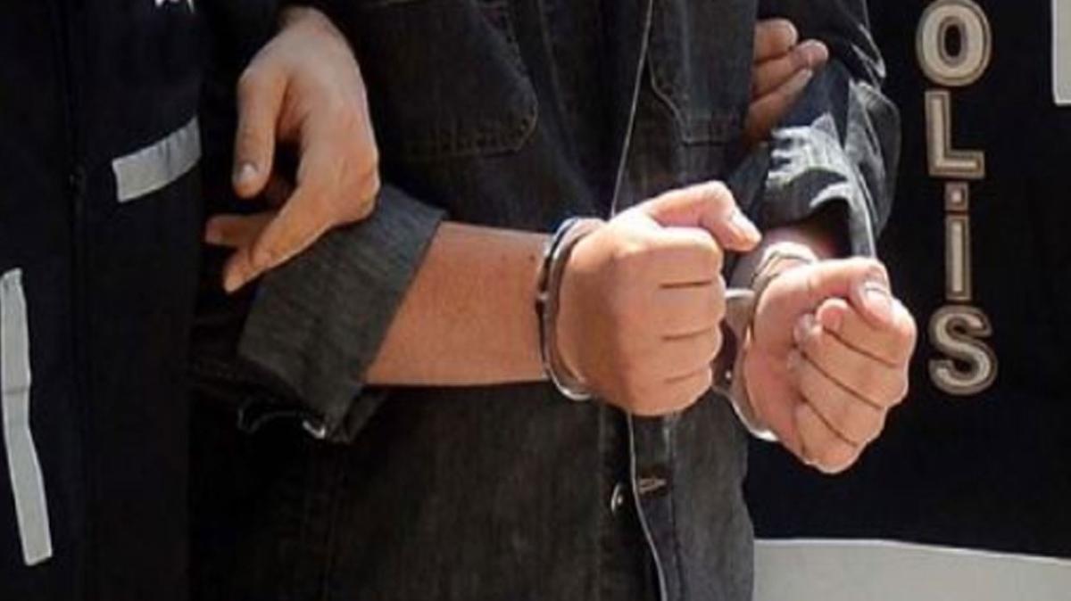 """Muğla'da """"büyü"""" dolandırıcılarını polis yakaladı"""