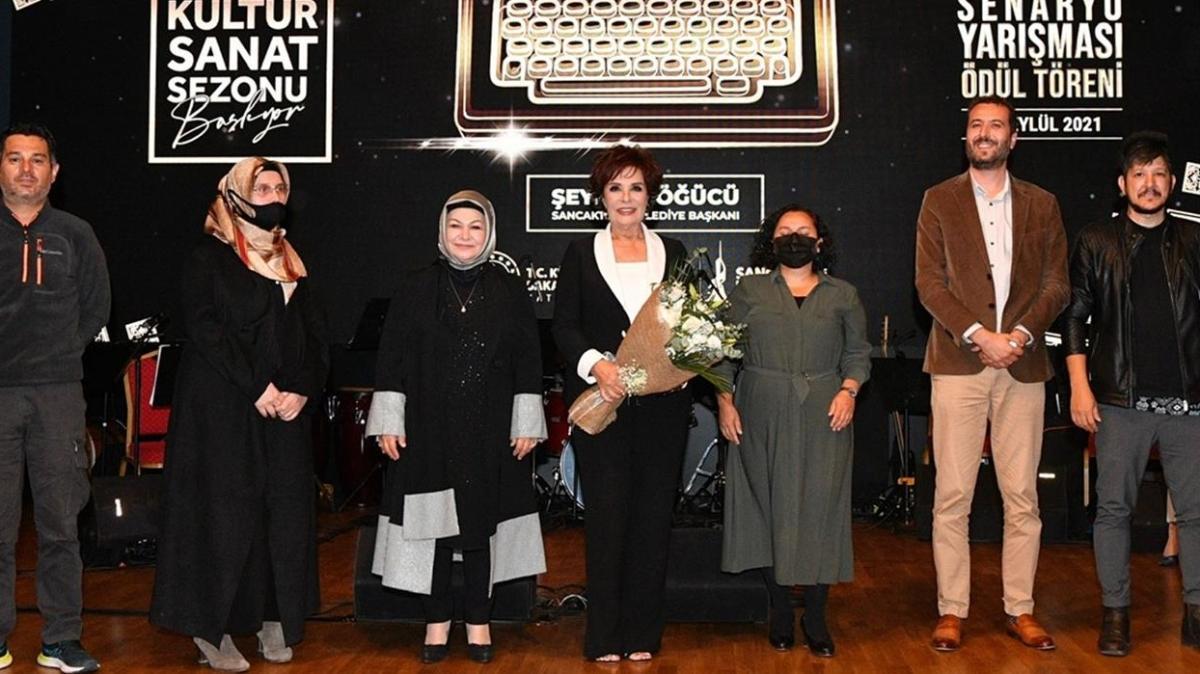 Sancaktepe'de 'Kültür Sanat Sezonu' başladı... Jüri koltuğuna Hülya Koçyiğit oturdu