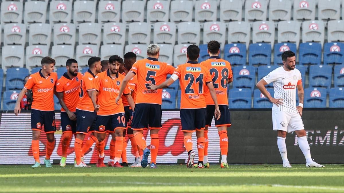 Medipol Başakşehir'den hayat belirtisi! 3-0