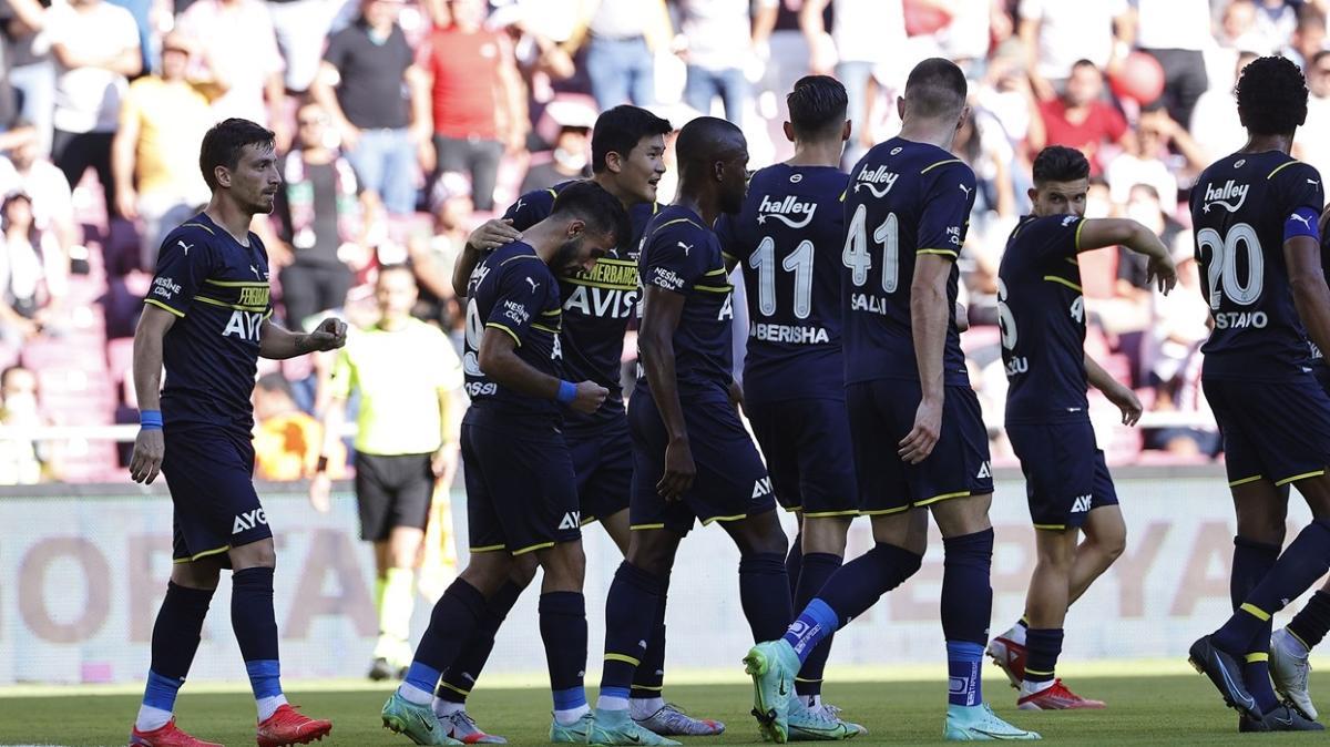 Fenerbahçe'de gençlerin formu göz doldurdu