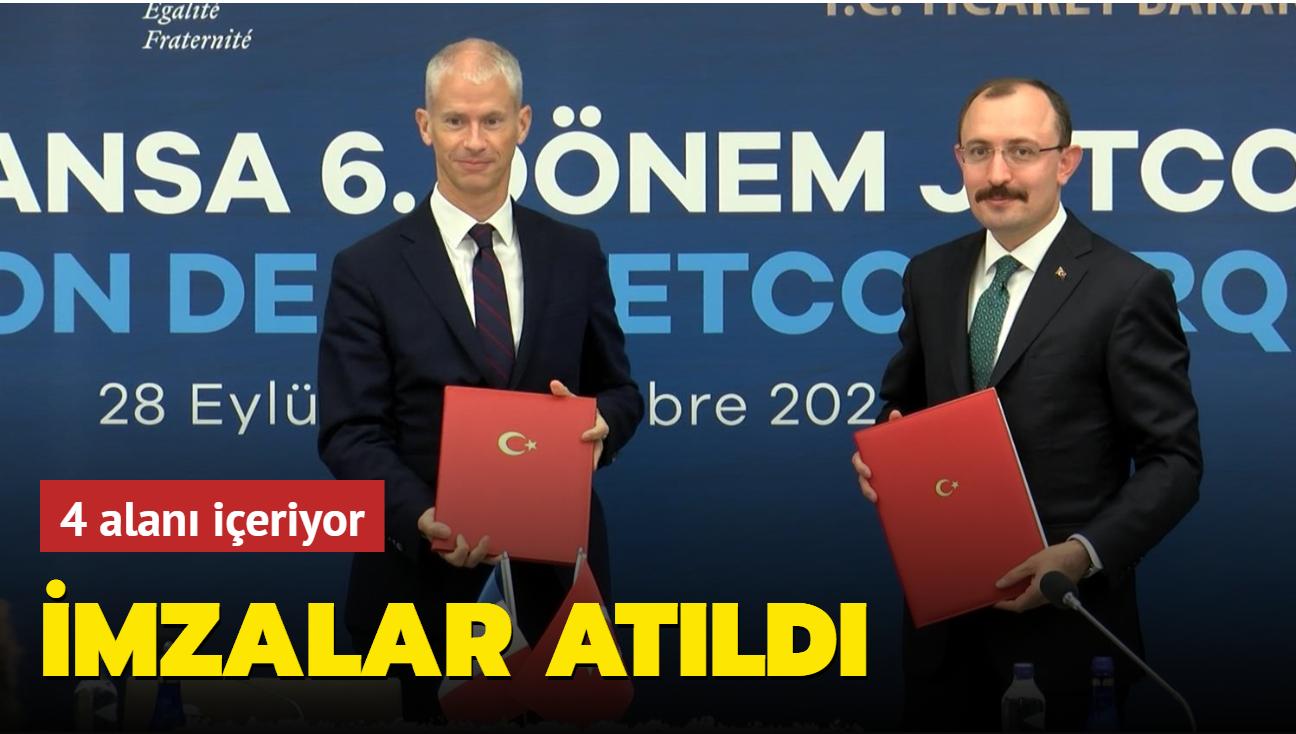 Türkiye ve Fransa arasında imzalar atıldı
