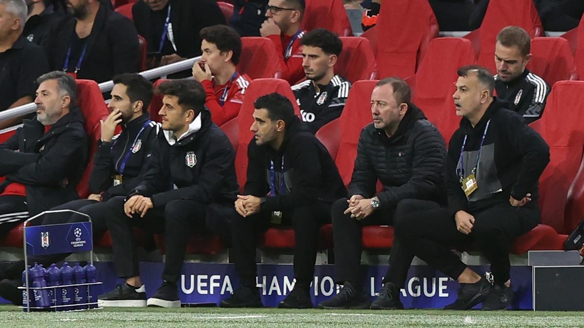 Sergen Yalçın, Ajax maçından sonra yaşadığı memnuniyeti açıkladı