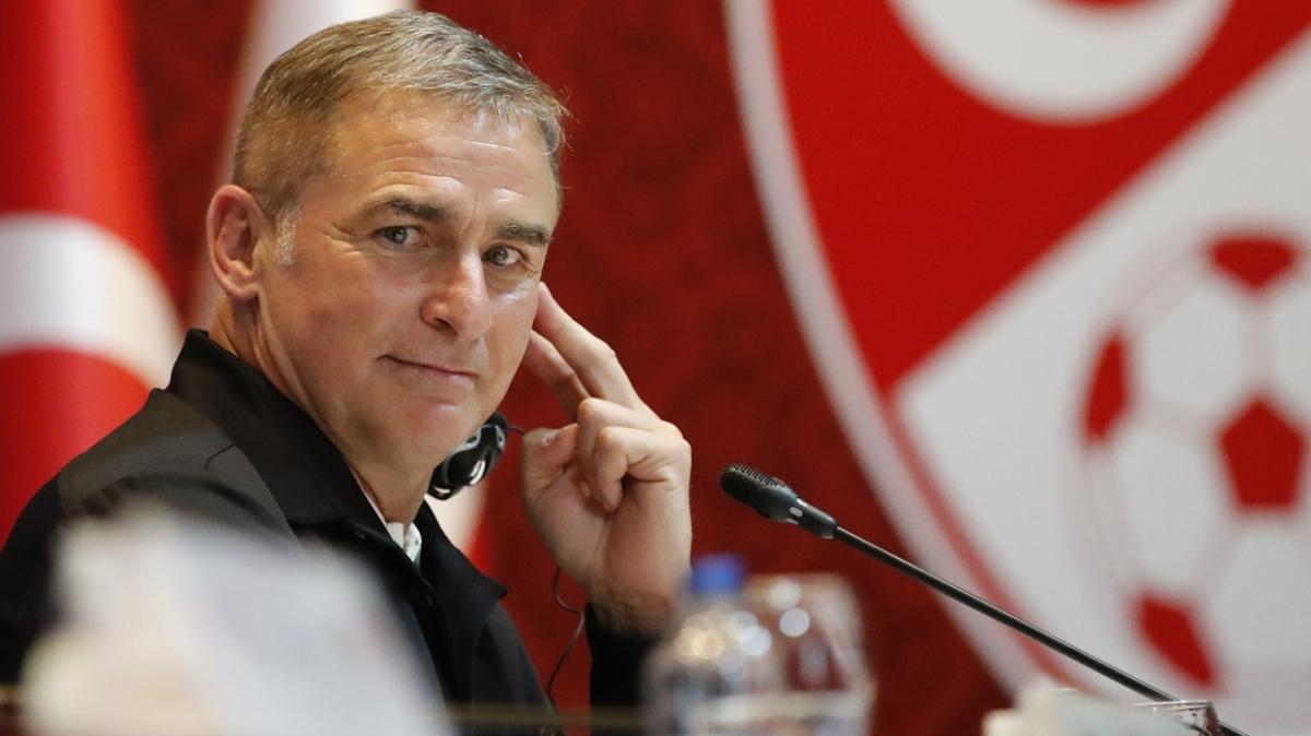 Stefan Kuntz Galatasaraylı yıldızı Milli Takım'a alacak