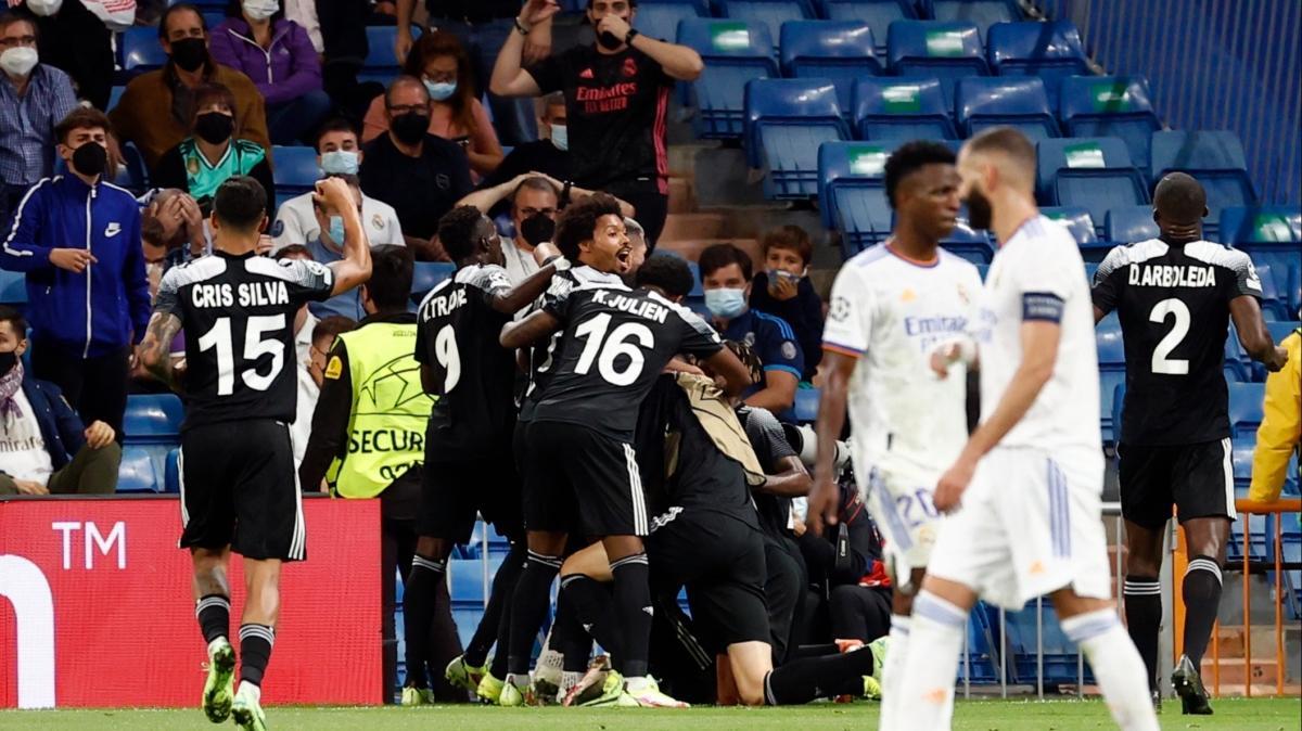 12 milyon euroluk Sheriff, 793 milyon euroluk Real Madrid'i deplasmanda mağlup etti