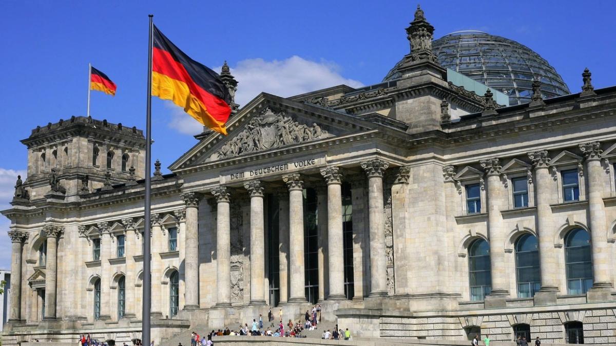 Almanya'da koalisyon görüşmeleri hafta sonu yapılacak