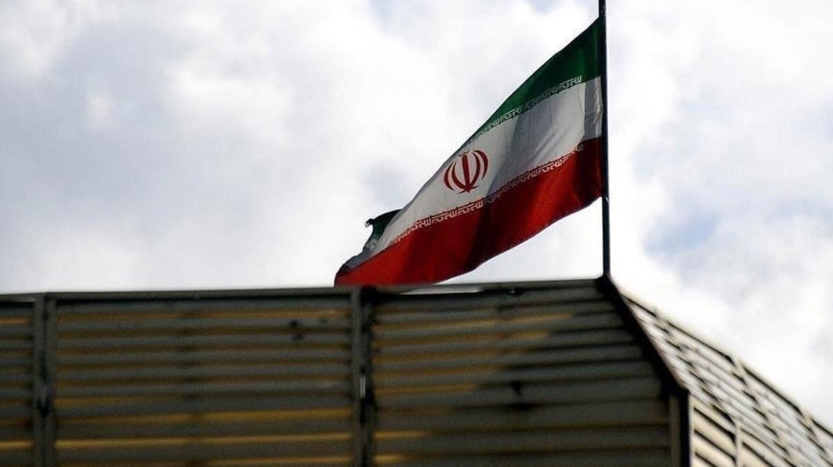 İran, Samsung ve LG'den yapılan ev aletleri ithalatını yasakladı