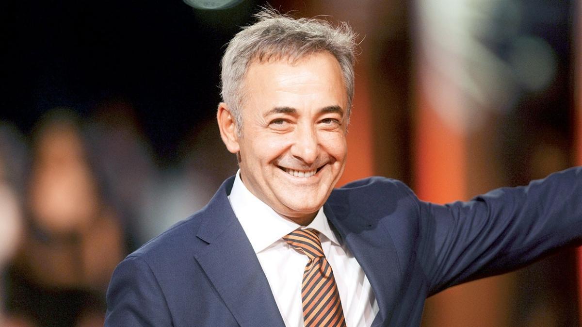 Jüri başkanı Mehmet Aslantuğ