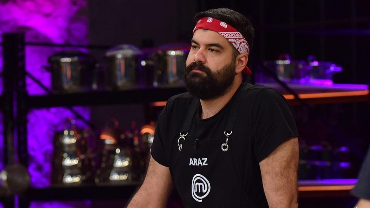 """MasterChef ikinci eleme adayı Araz Aknam kim, aslen nereli"""" MasterChef Araz Aknam kimdir, kaç yaşında"""""""