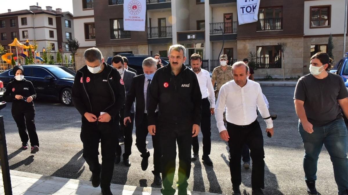 AFAD Başkanı, Malatya'da deprem konutlarını ziyaret etti